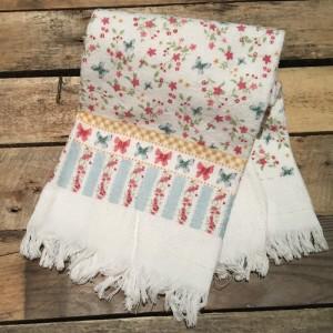 Handtuch mit Schmetterlingen