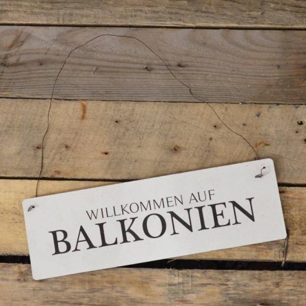 Holzschild: Willkommen auf Balkonien